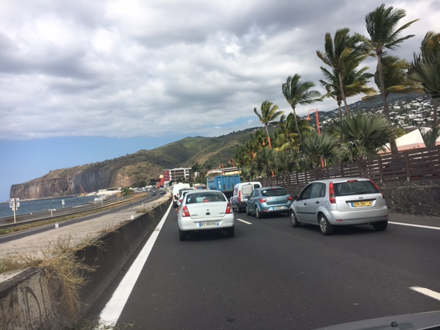 Accident spectaculaire sur la route du littoral