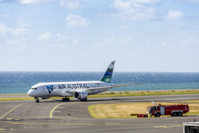 Avion foudroyé: Air Austral modifie son programme de vols