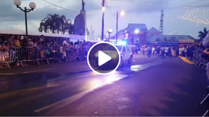 Le grand défilé du Dipavali en direct de Saint-André
