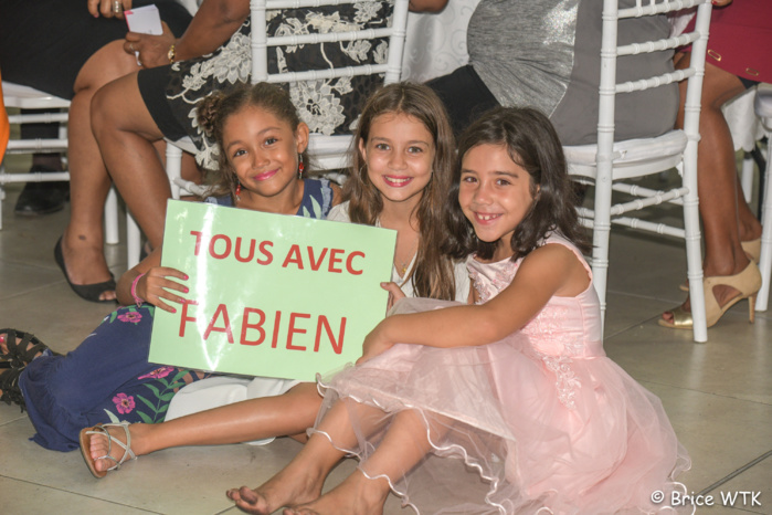 Le petit fan club de Fabien Mounoussamy