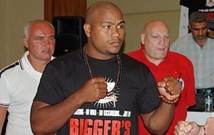 Photo : biggersbetterboxing.com