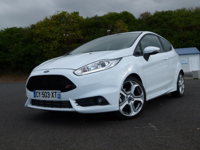 on 2013 Ford Fiesta Se