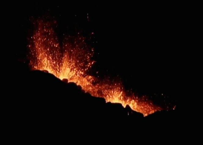 Volcan: Le spectacle continue