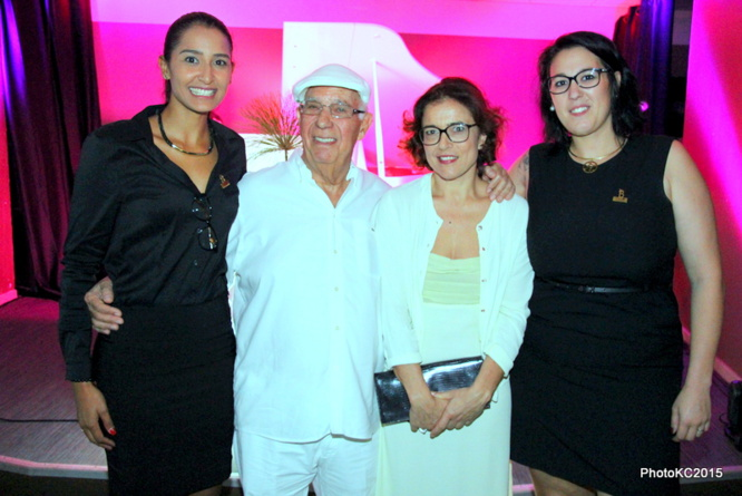 Raïssa Boyer Service Commercial et Marketing Casino de Saint-Gilles, M. Michel Boucau, Laurence Monti et Laura Piquet