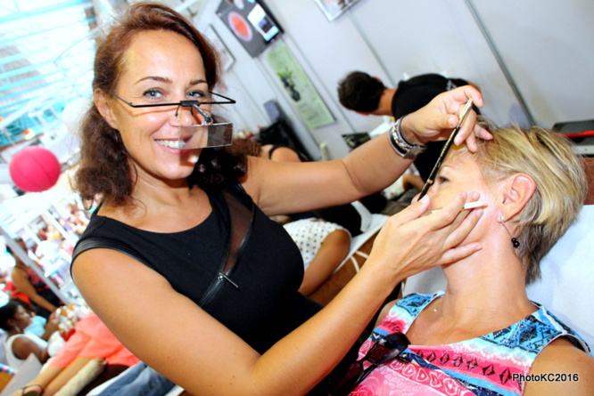 "[Photos] ""Mode Adickt"": Un premier salon ""satisfaisant"""