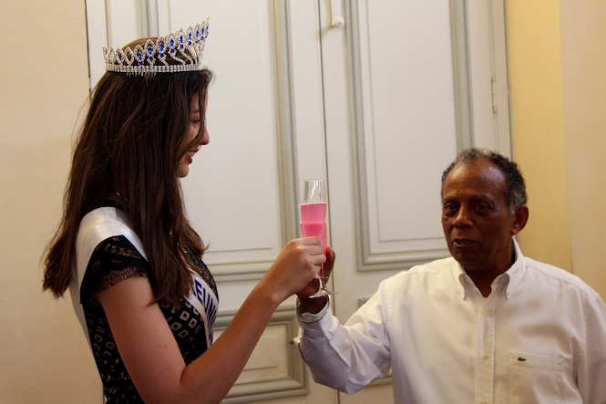 Le maire de Saint-Denis rencontre Miss Réunion