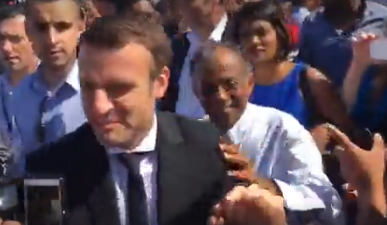 [LIVE VIDEO] Emmanuel Macron à La Réunion