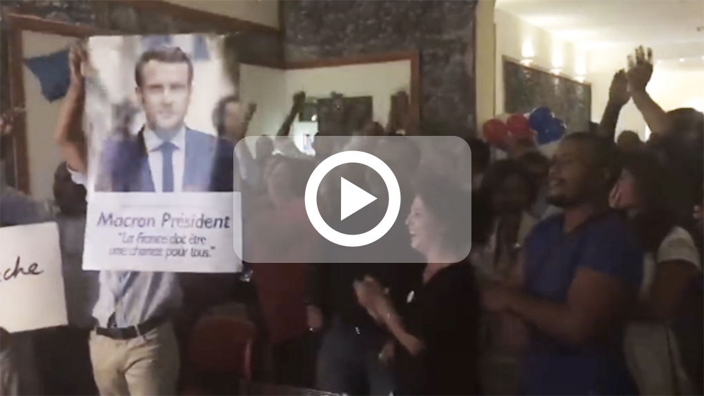 [VIDEO] Macron au second tour: Les militants euphoriques à Saint-Denis