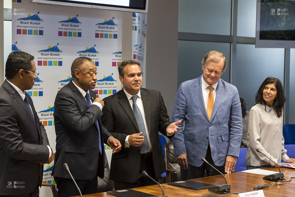 Signature de convention Interreg V OI Réunion-Madagascar - 14 août 2017